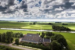 Bed and Breakfast Gast Op Stal in Wyns, Friesland - Nederland